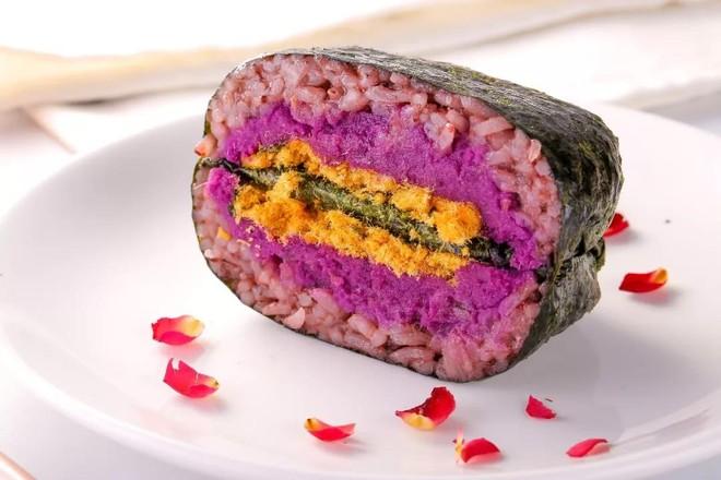 紫米肉松饭团  宝宝辅食食谱怎样做