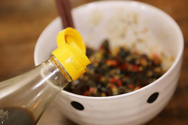 莲藕花生排骨鸡爪汤+酒酿南瓜+皮蛋豆腐怎样炖