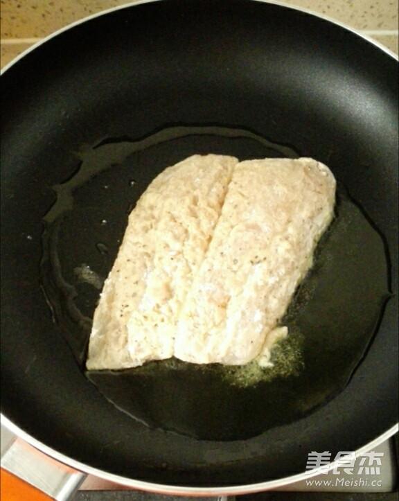 法式香煎龙利鱼的简单做法