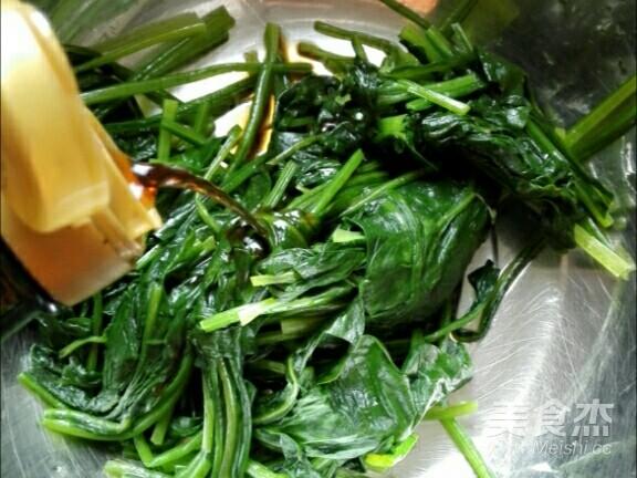 果仁菠菜怎么做