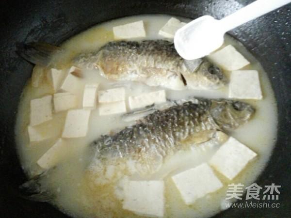 鲫鱼豆腐汤怎么做