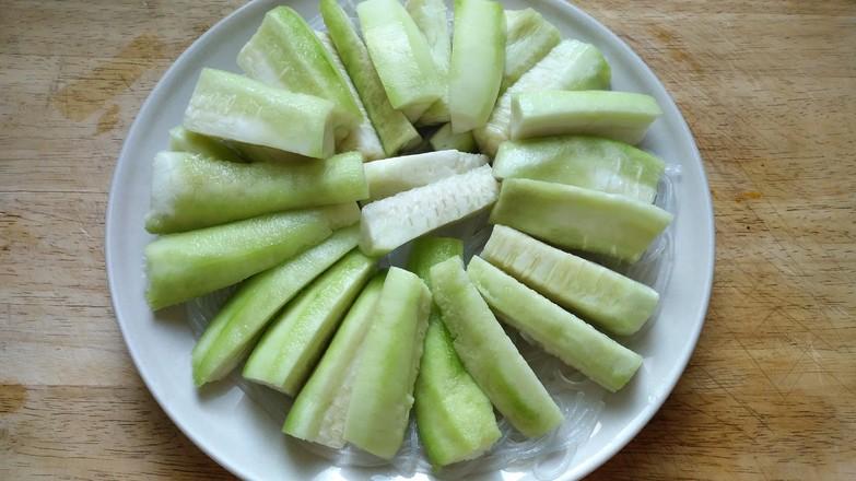 蒜蓉粉丝蒸丝瓜的简单做法
