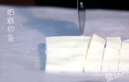 脆皮炸鲜奶的步骤