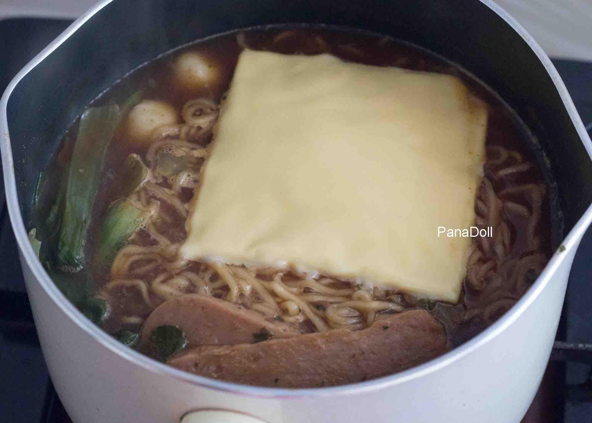 这锅芝士面有肉有菜有主食,大满足!的简单做法