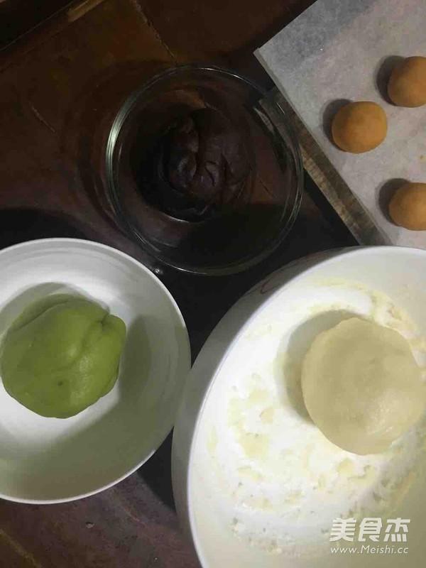 抹茶、巧克力冰皮月饼怎么吃