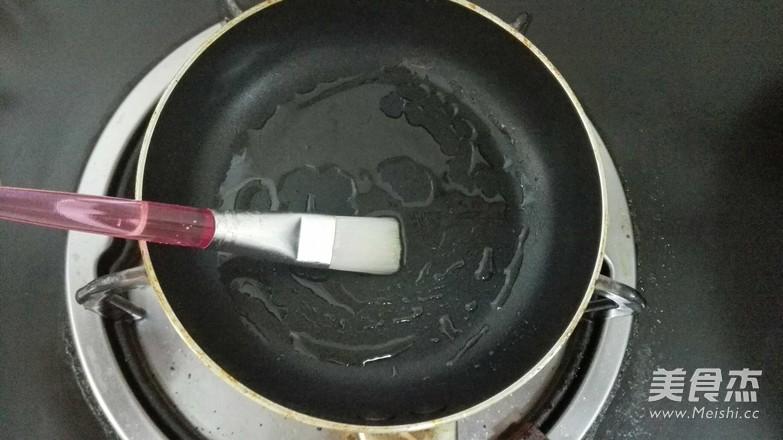 饺子皮葱油饼怎么做