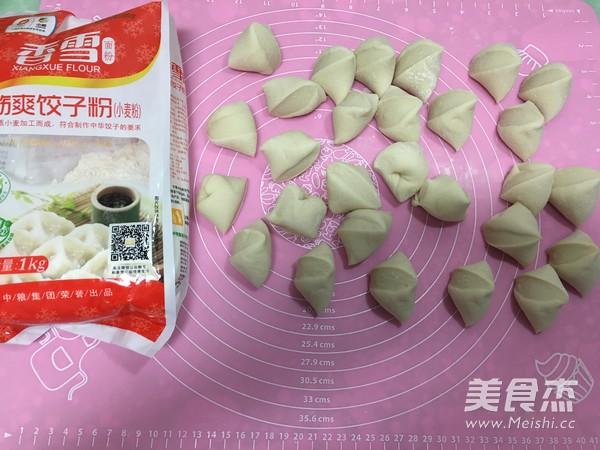 香雪面粉蒸烫面猪肉白菜大饺子怎么炖