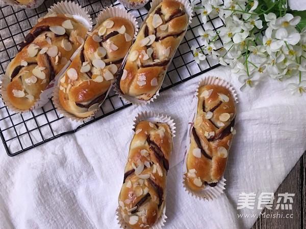 豆沙馅辫子面包(汤种法)的制作