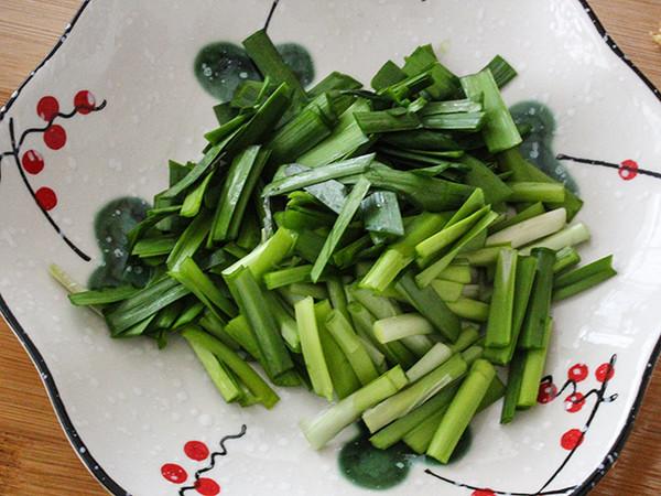 韭菜炒蛤蜊的简单做法