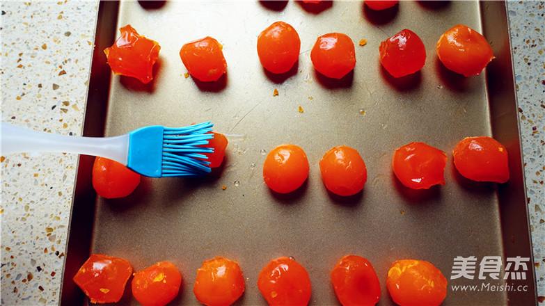 抹茶紫薯蛋黄酥的简单做法