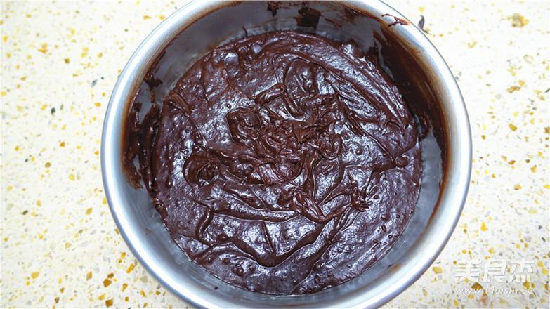 巧克力落叶蛋糕怎么炒
