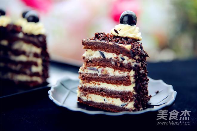 黑森林蛋糕成品图
