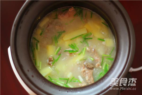 小排骨土豆汤怎么煮