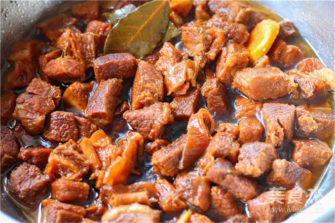 红烧牛肉怎么吃