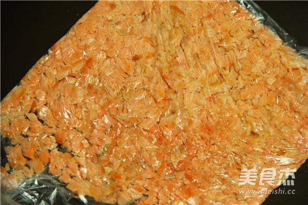 三文鱼肉松的家常做法