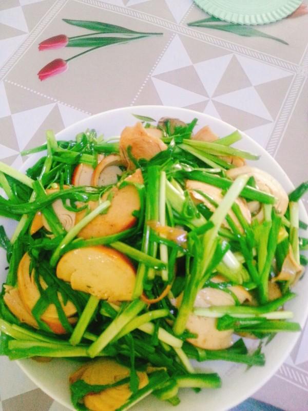 蒜苗炒豆腐干成品图