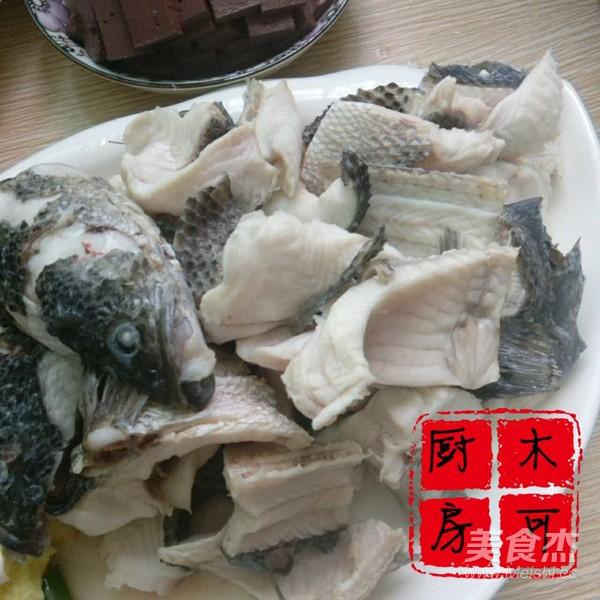 铁锅炖黑鱼的家常做法