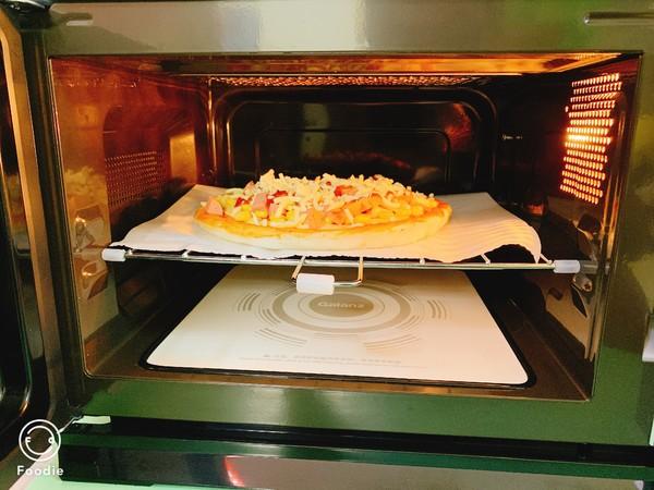 光波田园火腿披萨怎么煮