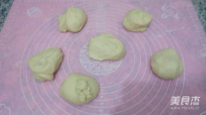 火腿马苏里拉奶酪面包的家常做法