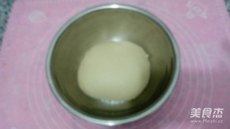 四朵豆沙面包的做法图解