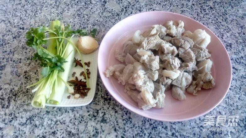 羊肉白萝卜汤的家常做法