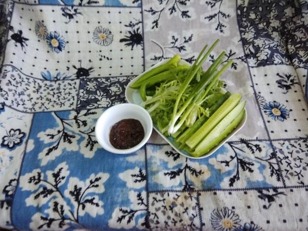 清凉蘸酱菜怎么吃