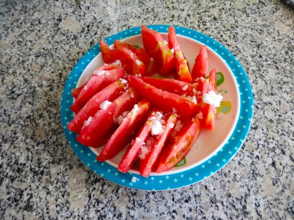 糖拌西红柿的简单做法