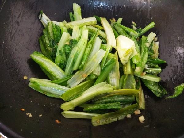蒜炒油麦菜怎么做