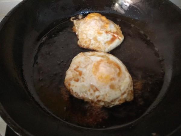 香煎荷包蛋的家常做法