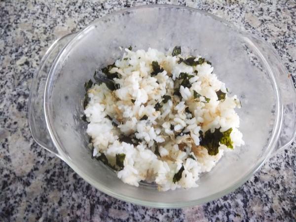 海苔肉松饭卷的做法图解