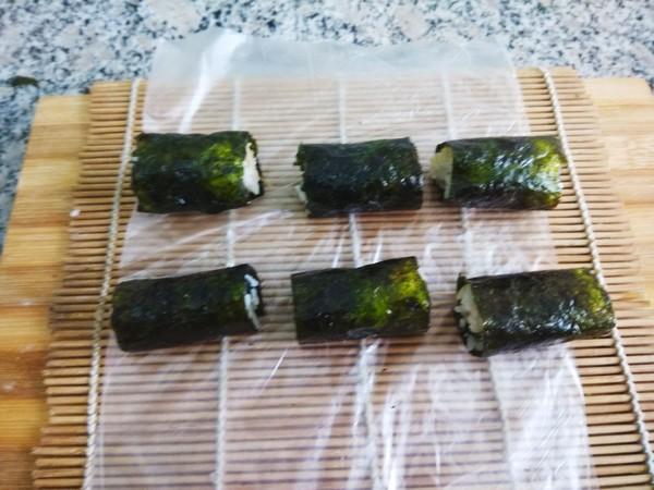 海苔肉松饭卷怎么吃