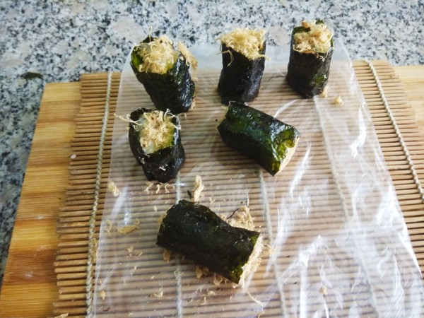 海苔肉松饭卷怎么做
