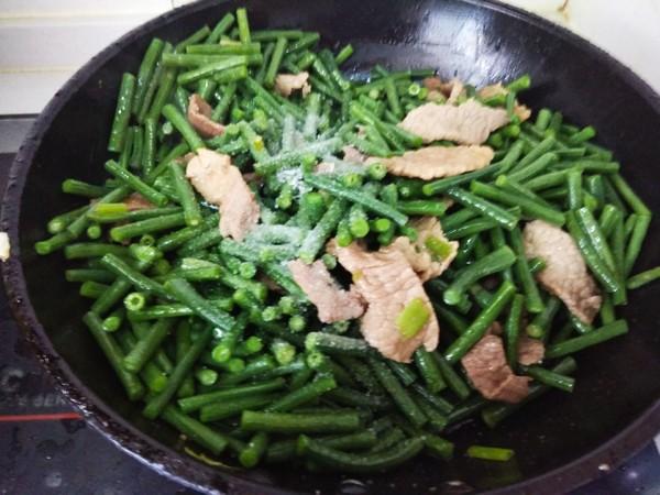 肉炒豇豆的家常做法