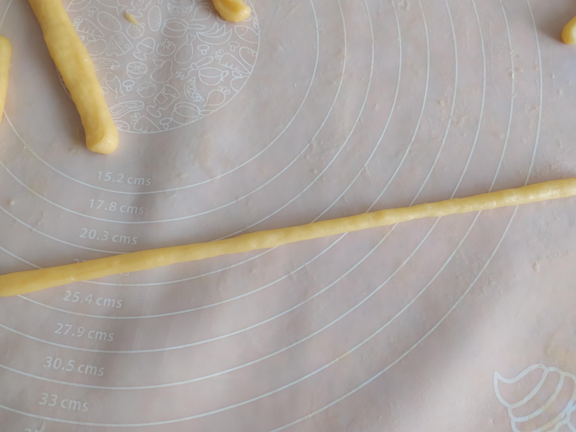 鸡蛋脆麻花的简单做法