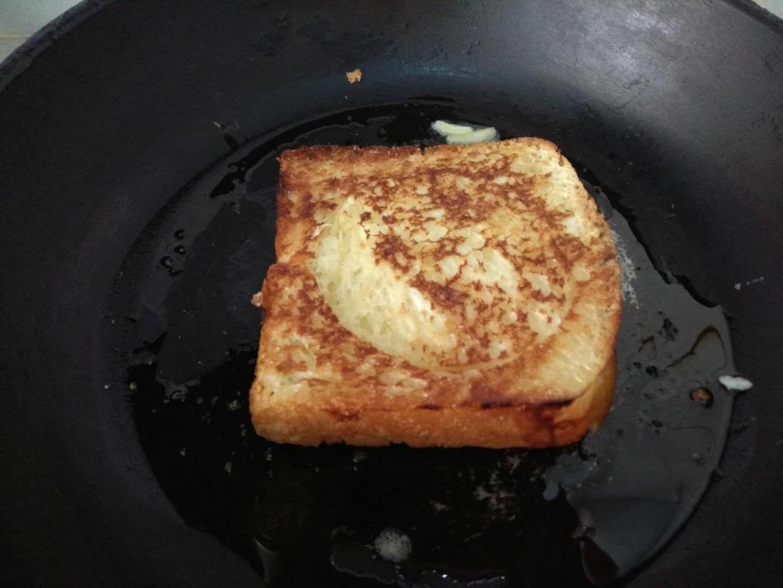 早餐面包片怎么吃