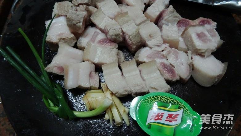 梅菜炖五花肉的做法大全