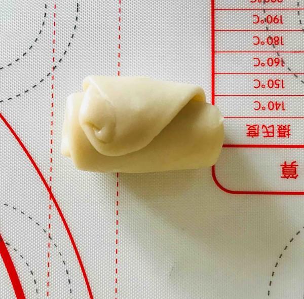 酥(苏)式鲜肉月饼的制作方法