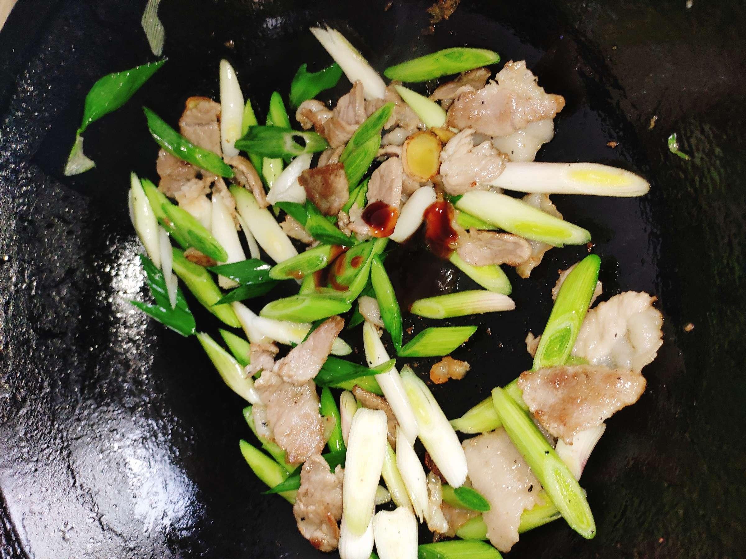 大蒜苗炒肉怎么做