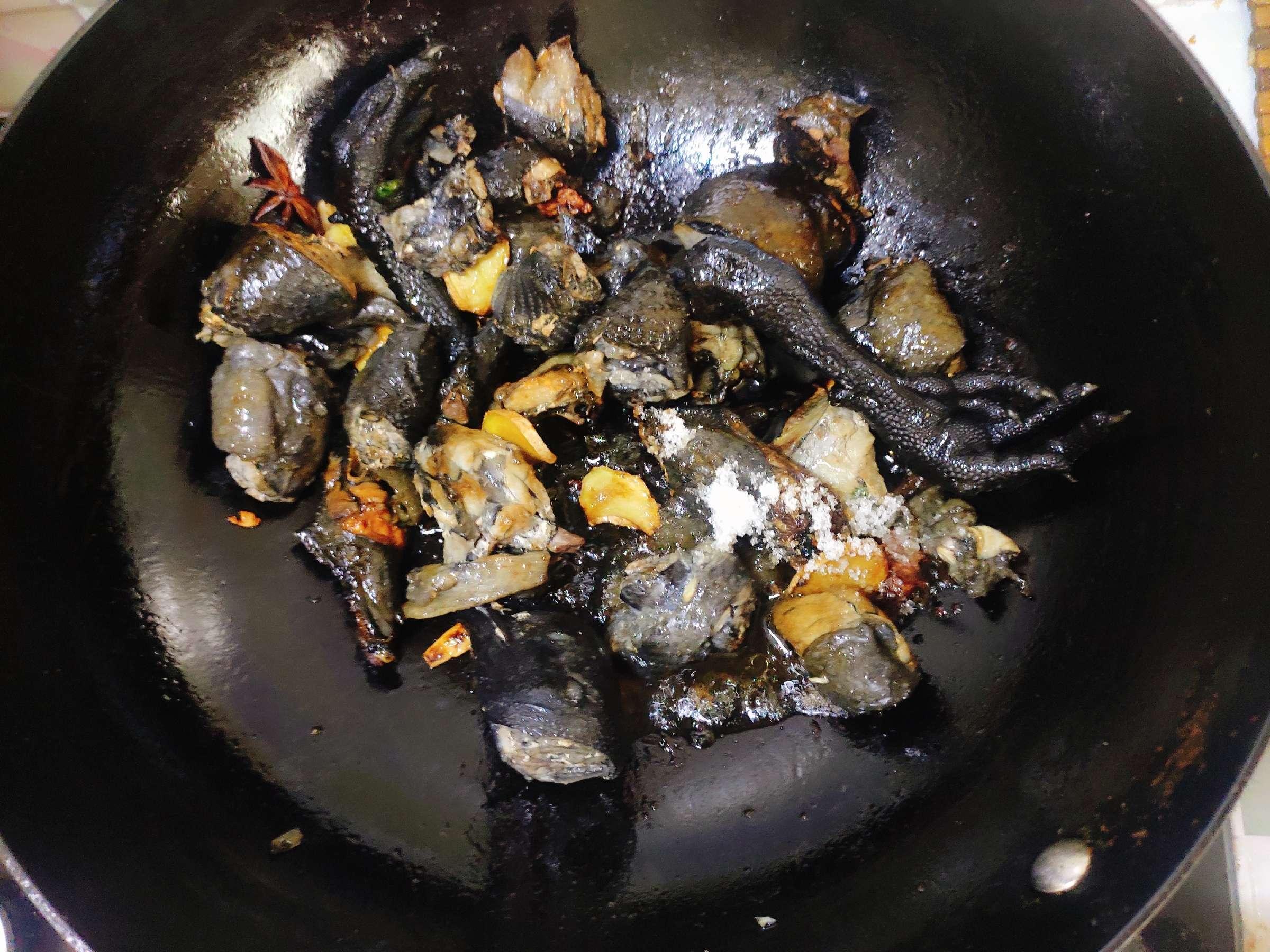 咖喱土豆萝卜炖乌鸡怎么吃