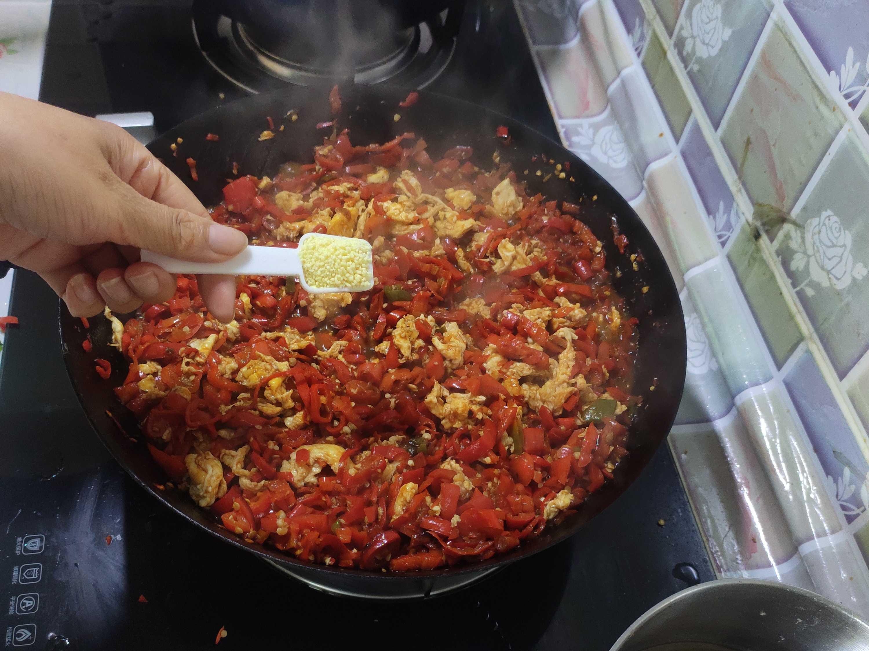 辣椒鸡蛋酱拌面怎样煮