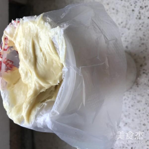 流心杯子蛋糕怎么吃