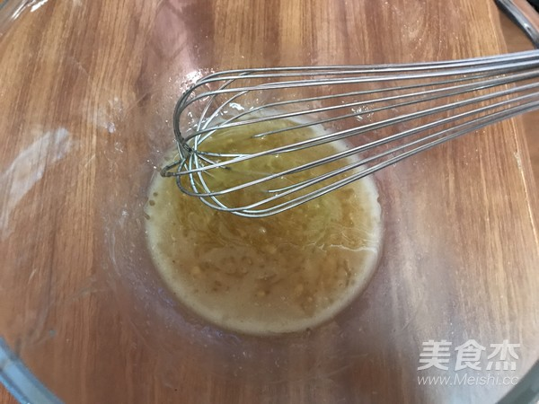 莲蓉蛋黄广式月饼的做法图解