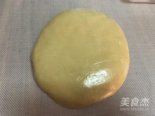 风炉批量广式月饼的简单做法