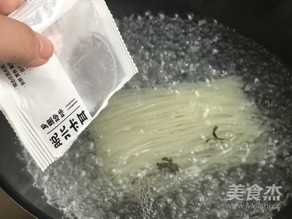 螺蛳粉的家常做法