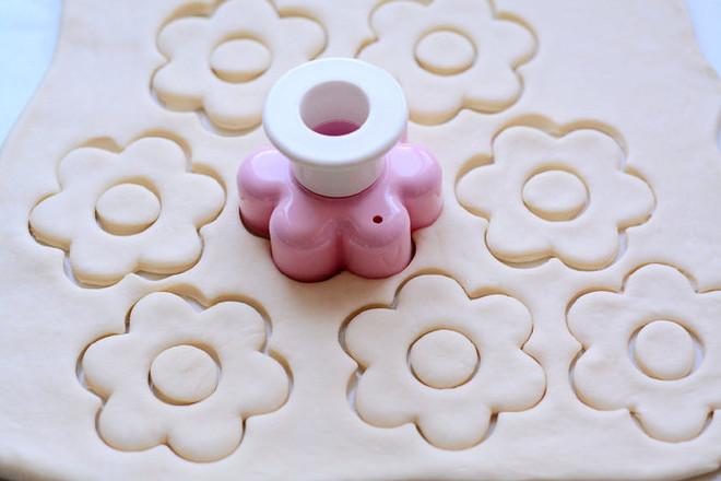 巧克力甜甜圈怎么吃