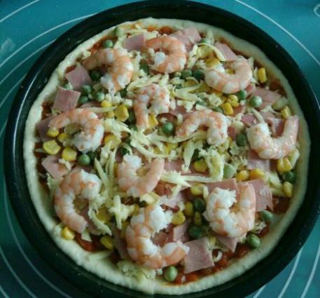 鲜虾火腿披萨怎样煸