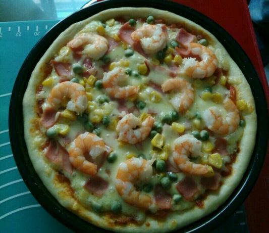 鲜虾火腿披萨怎样做