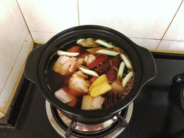 腊汁肉夹馍的家常做法