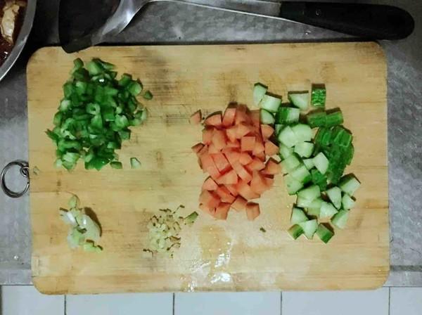 时蔬鸡丁的做法大全