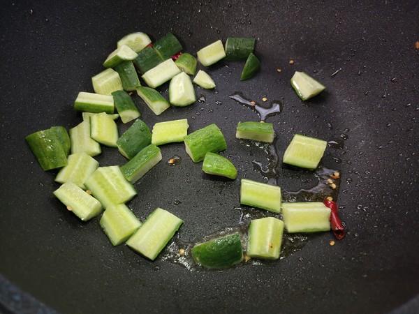 酸辣黄瓜的家常做法